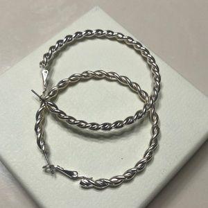Jewelry - Silver Hoop Earrings ✨✨❤️ Large